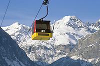 - Valtellina, cable car Bormio 2000, in the background the mount Braulio....- Valtellina, cabinovia Bormio 2000, sullo sfondo il monte Braulio..