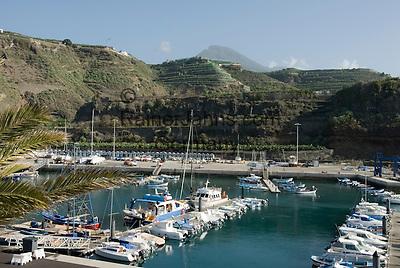 Spain, Canary Islands, La Palma, Puerto de Tazacorte: yacht harbour