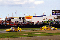 1993 British Touring Car Championship. #1 Tim Harvey (GBR) & #19 Alain Menu (CHE). Renault Dealer Racing. Renault 19 16v.