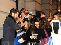01-16-16 Finding Neverland - Matthew Morrison - Terrance Mann ATWT star - fans - Stephanie - Vikki