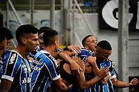 PORTO ALEGRE, RS, 03.04.21 - GREMIO - INTERNACIONAL - O jogador Léo Chu, da equipe do Grêmio, comemora o seu gol, na partida Grêmio e Internacional, no Grenal 430, válida pela 9. rodada, do Campeonato Gaúcho 2021, no estádio Arena do Grêmio, em Porto Alegre, neste sábado (03).