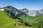Austria, Vorarlberg, Kleinwalsertal, Riezlern: with Kanzelwand cable car up to upper station at 1.956 m, then another 20 minutes hike up to the summit Kanzelwand, summit Widderstein 2.558 m at very right background | Oesterreich, Vorarlberg, Kleinwalsertal, Riezlern: mit der Kanzelwandbahn hinauf zur Bergstation auf 1.956 m, danach sind es noch ca. 20 Minuten Fussweg bis zum Gipfel der Kanzelwand, ganz rechts im Hintergrund der Widderstein mit 2.558 m