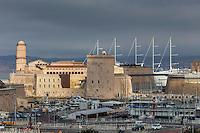 France, Bouches-du-Rhône (13), Marseille, capitale européenne de la culture 2013, le Fort-Saint-Jean et l'entrée du Vieux Port // France, Bouches du Rhone, Marseille, European Capital of Culture 2013, Fort St Jean and the entrance to the Old Port (Vieux Port)