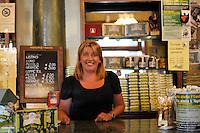 Il Bar Fratelli Nurzia ha riaperto a dicembre 2009.La titolare Natalia Nurzia..Dopo il terremoto  del 2009 alcuni negozi e attività commerciali riaprono a L'Aquila..After the earthquake of 2009, some shops and businesses reopen in L'Aquila.