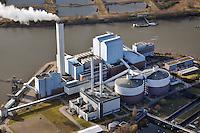 Heizkraftwerk Tiefstack: DEUTSCHLAND, HAMBURG, (GERMANY), 02.02.2013: Das Heizkraftwerk Tiefstack deckt nahezu die Haelfte des gesamten Fernwaermebedarfs von Hamburg. Das Kraftwerk befindet sich auf historischem Grund an der Stelle, wo die Hamburgischen Electricitaets-Werke AG im Jahr 1917 ihr erstes Großkraftwerk eroeffnet haben. Das heutige Kraftwerk wurde 1993 in Betrieb genommen. .Im Jahr 2009 wurde die Strom- und Waermekapazität von Tiefstack durch ein mit Erdgas betriebenes Gas- und Dampfturbinenkraftwerk erweitert. (im Vordergrund Mitte)...