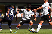 Valencia C. F. midfielder Ever Banega (10). Valencia C. F. defeated F.C. Internazionale Milano 4-0 during round two of the 2013 Guinness International Champions Cup at MetLife Stadium in East Rutherford, NJ, on August 04, 2013.