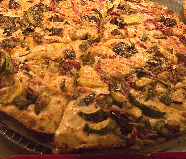 Pizza, Foodlife Restaurant, Chicago, Illinois