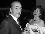 PRINCIPE ALESSANDRO  DADO  RUSPOLI CON LORY DEL SANTO<br /> PREMIO THE BEST AL VELENO CLUEB ROMA 1983