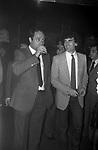 """CARLO VERDONE CON MASSIMO TROISI<br /> FESTA BABETTE CALLARA'  AL """"LA CAGE AUX FOLLES"""" ROMA 1981"""