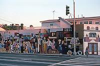 Santa Monica CA: Mural, SE Corner Main & Ocean Park, 1970's. Photo '82.