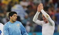 England's Wayne Rooney and Luis Suarez