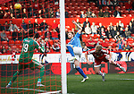 Aberdeen v St Johnstone...03.10.15   SPFL   Pittodrie, Aberdeen<br /> Liam Craig's shot goes wide<br /> Picture by Graeme Hart.<br /> Copyright Perthshire Picture Agency<br /> Tel: 01738 623350  Mobile: 07990 594431