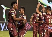 PALMIRA - COLOMBIA, 31-10-2020: Danovis Banguero del Cali dispara para anotar el primer gol de su equipo durante partido entre Deportivo Cali y Deportes Tolima por la fecha 17 de la Liga BetPlay DIMAYOR 2020 jugado en el estadio Deportivo Cali de la ciudad de Palmira. / Danovis Banguero of Cali shoots to score the first goal of his team during match between Dxxx del Tolima celebra después de anotar el primer gol de su equipo durante partido entre Deportivo Cali y Deportes Tolima por la fecha 17 de la Liga BetPlay DIMAYOR 2020 jugado en el estadio Deportivo Cali de la ciudad de Palmira. / xxx player of Tolima celebrates after scoring the first goal of his team during match between Deportivo Cali and Deportes Tolima for the date 17 as part of BetPlay DIMAYOR League 2020 played at Deportivo Cali stadium in Palmira cityeportivo Cali and Deportes Tolima for the date 17 as part of BetPlay DIMAYOR League 2020 played at Deportivo Cali stadium in Palmira city.  Photo: VizzorImage / Gabriel Aponte / Staff