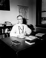 Freres blanc, quebec, janvier 1957<br /> PHOTO  : Agence Quebec Presse