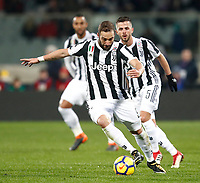Calcio, Serie A: Fiorentina - Juventus, stadio Artemio Franchi Firenze 9 febbraio 2018.<br /> Juventus' Gonzalo Higuain in action during the Italian Serie A football match between Fiorentina and Juventus at Florence's Artemio Franchi stadium, February 9, 2018.<br /> UPDATE IMAGES PRESS/Isabella Bonotto
