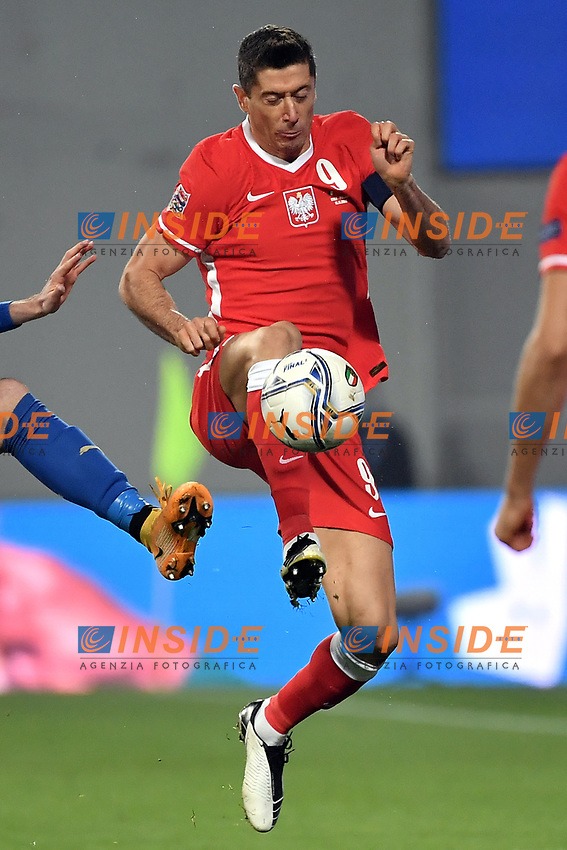Robert Lewandowski of Poland in action during the Uefa Nation League Group Stage A1 football match between Italy and Poland at Citta del Tricolore Stadium in Reggio Emilia (Italy), November, 15, 2020. Photo Andrea Staccioli / Insidefoto