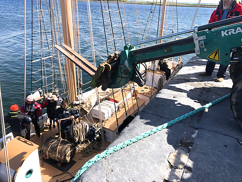 With the ebb well made at Cappa, an extending forklift was a help in getting the valuable cargo ashore. Photo: Ian Riordan
