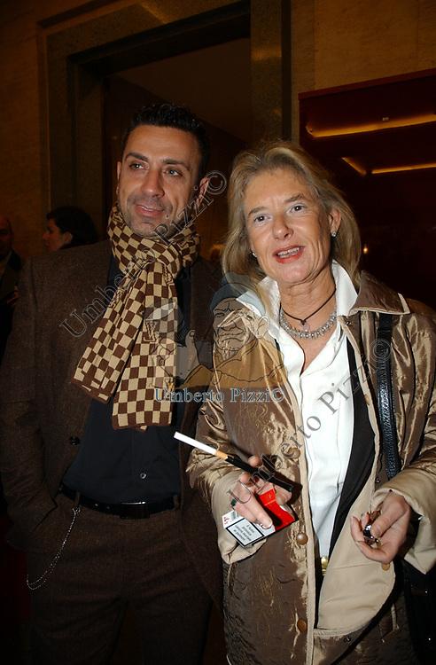 """COSTANZA AFAN DE RIVERA<br /> VERNISSAGE """"ROMA 2006 10 ARTISTI DELLA GALLERIA FOTOGRAFIA ITALIANA"""" AUDITORIUM DELLA CONCILIAZIONE ROMA 2006"""