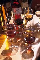 Europe/France/Languedoc-Roussillon/66/Pyrénées -Orientales/Port-Vendres:Dégustation de Banyuls et de vins de Collioure  au Clos de Paulilles