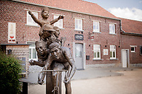 Eddy Merckx monument along the route passing through the legends' birthtown of Meensel-Kiezegem <br /> <br /> Cycling in Flanders (BEL)<br /> cycling hotspots in Brabant<br /> <br /> ©kramon