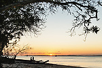 Australien, Queensland, Fraser Island, groesste Sandinsel der Welt, reisen, UNESCO Weltnaturerbe, Sonnenuntergang, Insel, Sand, Strand, Sandstrand, 10/2014<br />engl.: Australia, Queensland, Fraser Island, world heritage listing, world´s largest sand island, travel, beach, sandy beach, sunset, 10/2014