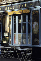 "Europe/France/Ile-de-France/Paris : ""BELLE EPOQUE"" - Restaurant ""Chez Julien"" rue de l'Hôtel de ville dans le Marais<br /> PHOTO D'ARCHIVES // ARCHIVAL IMAGES<br /> FRANCE 1990"