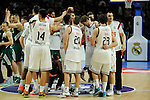 Real Madrid´s players celebrate the victory at the end of  2014-15 Euroleague Basketball match between Real Madrid and Zalgiris Kaunas at Palacio de los Deportes stadium in Madrid, Spain. April 10, 2015. (ALTERPHOTOS/Luis Fernandez)