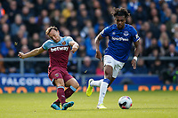 Mark Noble of West Ham United and Alex Iwobi of Everton during the Premier League match between Everton and West Ham United at Goodison Park on October 19th 2019 in Liverpool, England. (Photo by Daniel Chesterton/phcimages.com)<br /> Foto PHC/Insidefoto <br /> ITALY ONLY