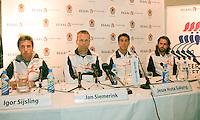 7-9-09, Alphen aan den Rijn, Persconferentie Daviscup team, v.l.n.r. Igor Sijsling, capain Jan Siemerink, Jesse Huta Galung en Raemon Sluiter