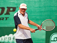 Netherlands, Amstelveen, August 21, 2015, Tennis,  National Veteran Championships, NVK, TV de Kegel,  Men's 70+, Benno de Jel<br /> Photo: Tennisimages/Henk Koster