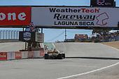 #26: Colton Herta, Andretti Autosport w/ Curb-Agajanian Honda, winner, chequered flag