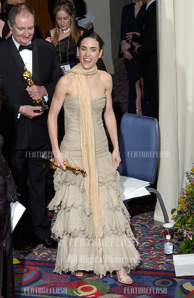 Actress JENNIFER CONNELLY at the 74th Annual Academy Awards in Hollywood..24MARR2002.  © Paul Smith / Featureflash