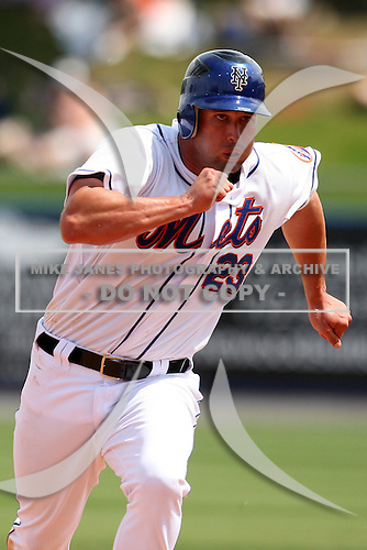 March 21, 2010:  First Baseman Chris Carter (23) of the New York Mets during a Spring Training game at Tradition Field in St. Lucie, FL.  Photo By Mike Janes/Four Seam Images
