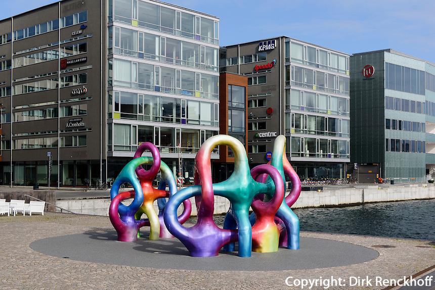 Kunst beim Hafen von Malmö, Provinz Skåne (Schonen), Schweden, Europa<br /> sculpture at port  in Malmo, Sweden
