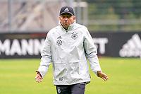 Bundestrainer Hansi Flick (Deutschland Germany) weiß nicht was ihn erwartet - Stuttgart 30.08.2021: Training der Deutschen Nationalmannschaft, ADM Park Stuttgart
