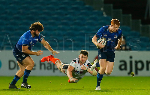 16th November 2020; RDS Arena, Dublin, Leinster, Ireland; Guinness Pro 14 Rugby, Leinster versus Edinburgh; Ciarán Frawley of Leinster escapes the tackle
