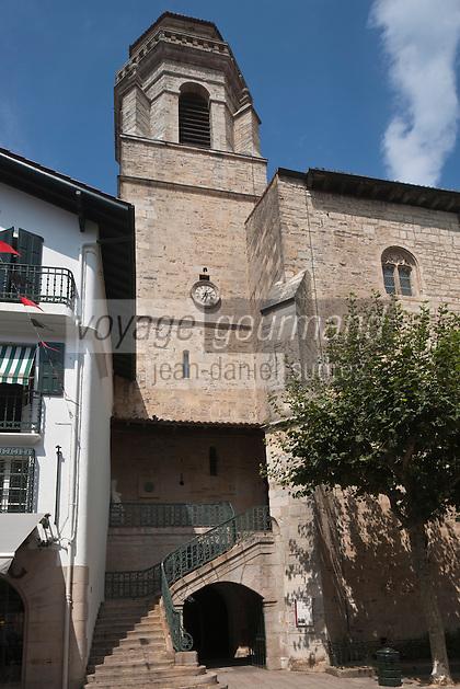 Europe/France/Aquitaine/64/Pyrénées-Atlantiques/Pays-Basque/Saint-Jean-de-Luz: l'église Saint-Jean-Baptiste