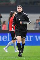 Bekerfinale 2012 : WD Lierse SK - Standard Femina :.Assistent-Scheidsrechter : Ella De Vries .foto David Catry / Joke Vuylsteke / Vrouwenteam.be