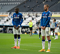 1st November 2020; St James Park, Newcastle, Tyne and Wear, England; English Premier League Football, Newcastle United versus Everton; Gylfi Sigurusson of Everton and Niels Nkounkou in the wall defending a free kick in the first half