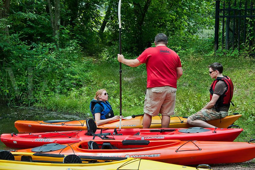 Rental kayak instruction, Smithville, New Jersey