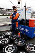Scott Dixon, Chip Ganassi Racing Honda, King o' the tires