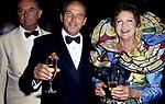 MICHELE DI BORBONE PARMA CON LA MOGLIE MARIA PIA DI SAVOIA<br /> DICIOTTESIMO COMPLEANNO DI ELISABETTA DE BALKANY<br /> PALAZZO VOLPI     VENEZIA     AGOSTO  1990