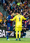 Luis Alberto Suarez Diaz (L) of FC Barcelona argues with goalkeeper Keylor Navas of Real Madrid during the La Liga 2017-18 match between FC Barcelona and Real Madrid at Camp Nou on May 06 2018 in Barcelona, Spain. Photo by Vicens Gimenez / Power Sport Images