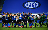 Inter Milan's coach Antonio Conte, center, celebrates with his players at the end of the Italian Serie A football match between Inter Milan and Sampdoria at Milan's Giuseppe Meazza stadium, May 8, 2021. Inter won his 19th Scudetto.<br /> UPDATE IMAGES PRESS/Isabella Bonotto
