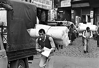 -  Turchia, Istambul, nel Gran Bazaar (1984)....- Turkey, Istanbul, in the e Grand Bazaar (1984)
