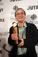 Serge Giguere, Jutra -Best documentary for <br /> A FORCE DE REVES,<br /> photo : Pierre Roussel (c)  Images Distribution