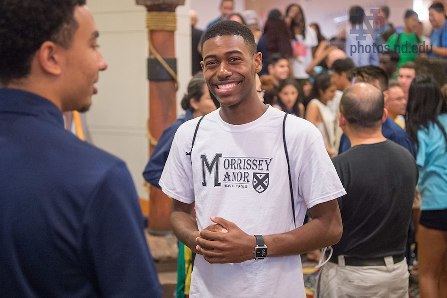 August 20, 2016; Multicultural reception, Welcome Weekend 2016. (Photo by Matt Cashore/University of Notre Dame)