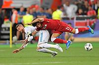 26.05.2018,  Football UEFA Champions League Finale 2018, Real Madrid - FC Liverpool, Olympiastadium Kiew (Ukraine).  Sergio Ramos (Real Madrid)  -  Mohamed Salah (FC Liverpool)  *** Local Caption *** © pixathlon<br /> <br /> Contact: +49-40-22 63 02 60 , info@pixathlon.de