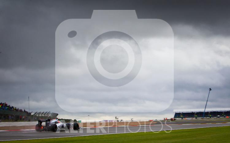 08.07.2011, Silverstone Circuit, Silverstone, GBR, F1, Großer Preis von Großbritannien, Silverstone, im Bild Rubens Barrichello (BRA), AT & T Williams  // during the Formula One Championships 2011 British Grand Prix held at the Silverstone Circuit, Northamptonshire, United Kingdom, 2011-07-08, EXPA Pictures © 2011, PhotoCredit: EXPA/ J. Feichter
