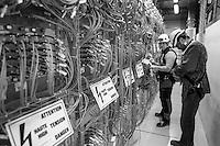 Organizzazione Europea per la Ricerca Nucleare, CERN,  il più grande laboratorio al mondo di fisica delle particelle , Ginevra, Svizzera, CMS, Compact Muon Solenoid, rivelatore particelle,<br /> European Organization for Nuclear Research, CERN, the world's largest laboratory for particle physics in Geneva, Switzerland, CMS, Compact Muon, Solenoid, particle detector,